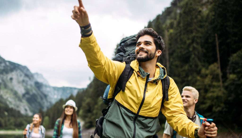 Wandergruppe im Gebirge